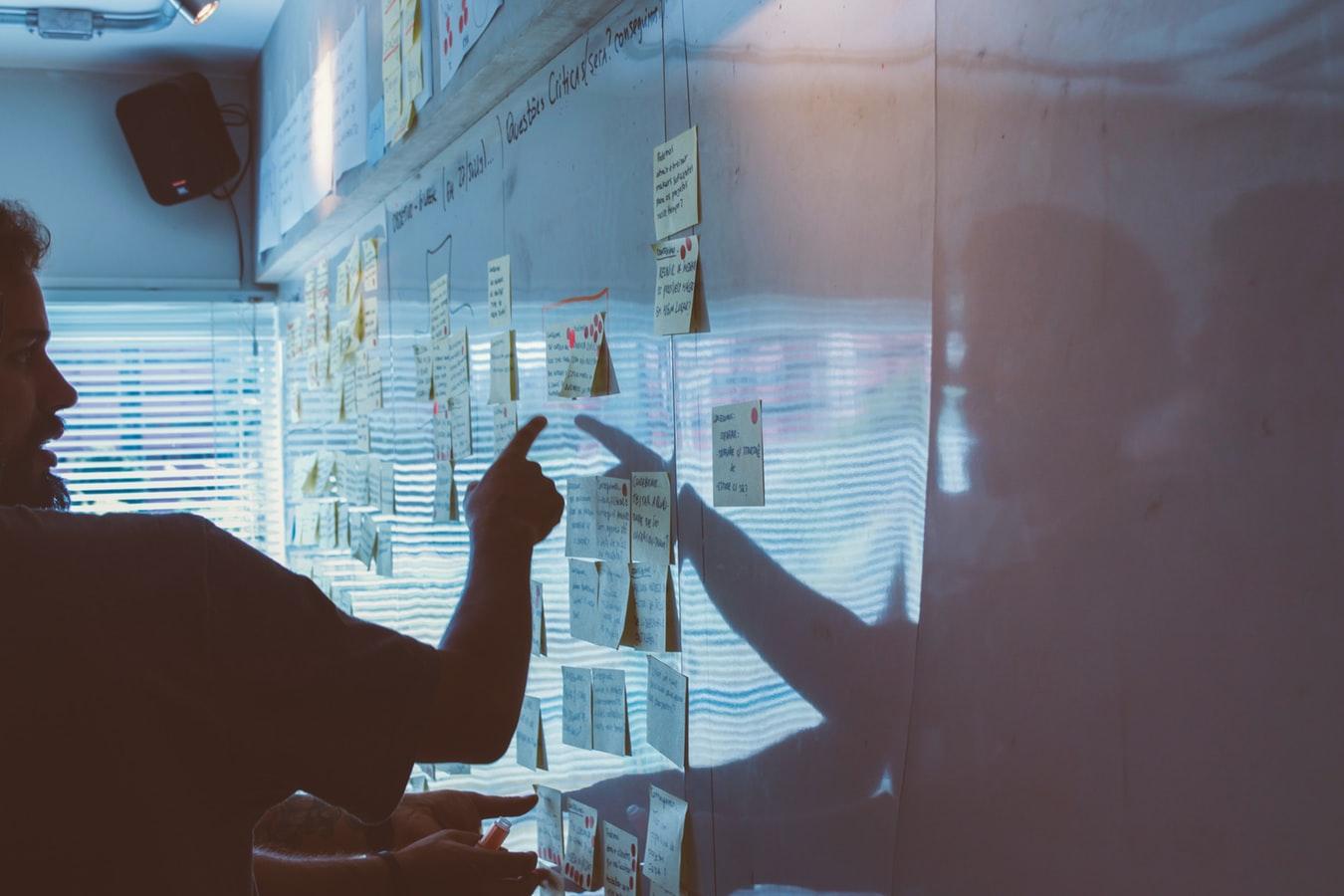 Tips for optimizing B2B digital marketing strategies